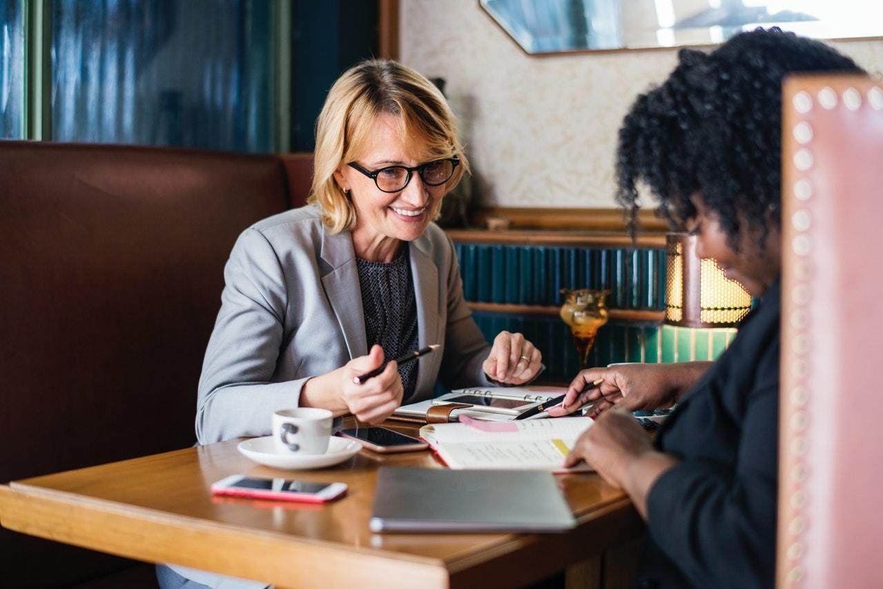 Beneficios de ser bilingüe en el trabajo