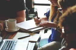 Cómo adaptar el estudio de inglés para gente que trabaja